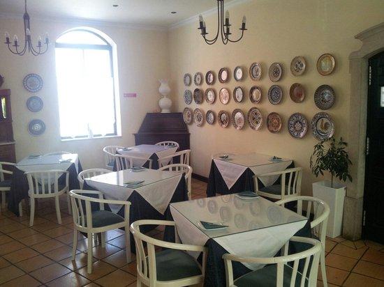 Loule Jardim Hotel: Sala pequeno almoço