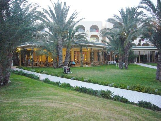 Iberostar Averroes: Terrace restaurant