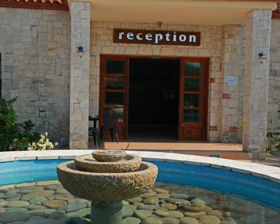 Nostos Hotel : Reception