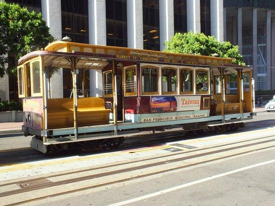 Holiday Inn San Francisco Golden Gateway : California Line
