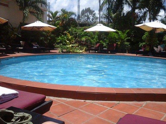 Angkoriana Hotel: piscina