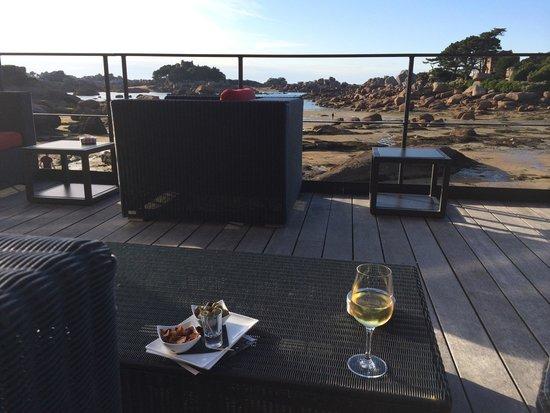 Hotel Castel Beau Site : Le bar à bulles !