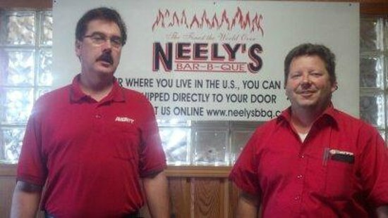 Comfort Inn & Suites Airport - American Way: Neely's
