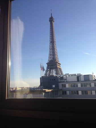 Mercure Paris Centre Tour Eiffel: View from Room 1210