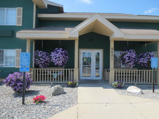 Country Inn By Carlson, Grand Rapids: Well-maintained entrance