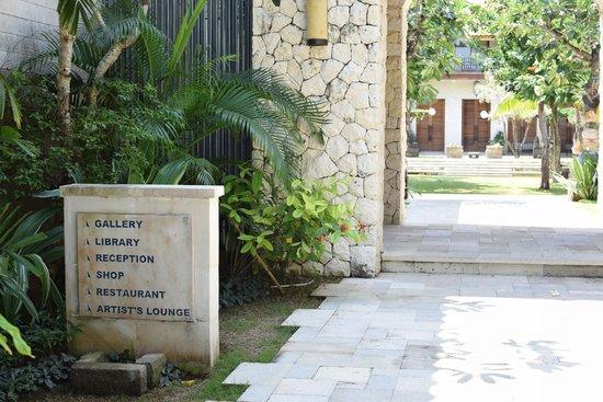 Sudamala Suites & Villas: Garden area