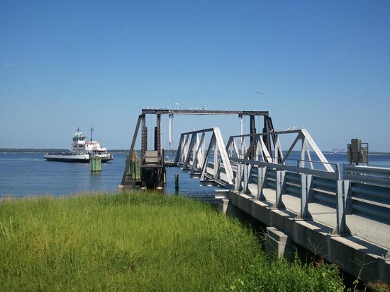 Beau Rivage Golf & Resort : Ferry to Southport