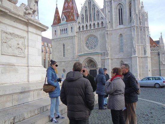 Cityrama Sightseeing Tours: 三位一体広場で待ち合わせ