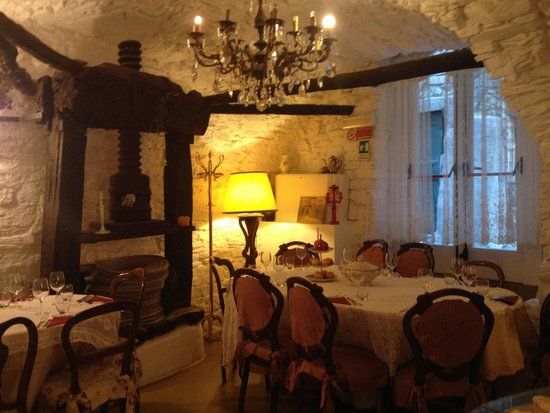 L'Olivapazza: Sala interna