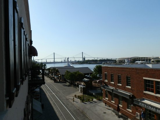 Olde Harbour Inn - River Street Suites: View From My Balcony