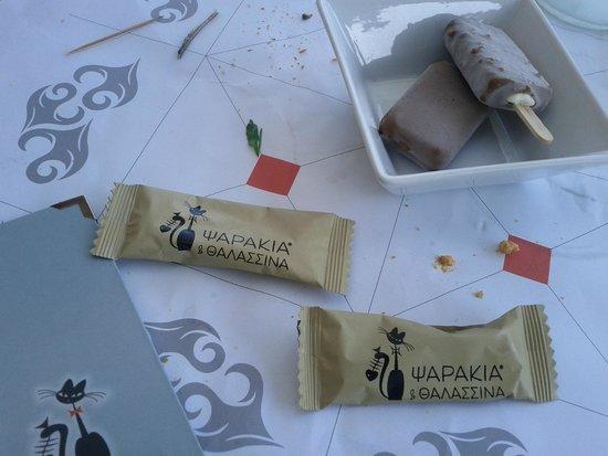 Psarakia & Thalassina: Important dinner ending details (wet towels and ice cream) ***
