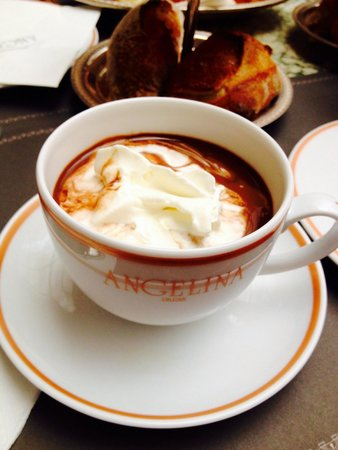 Angelina Paris Rivoli: Le fameux chocolat chaud...
