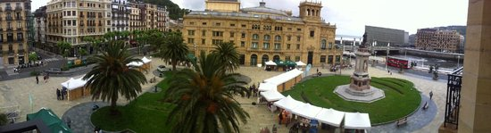 Hotel Maria Cristina, a Luxury Collection Hotel, San Sebastian: View from our room