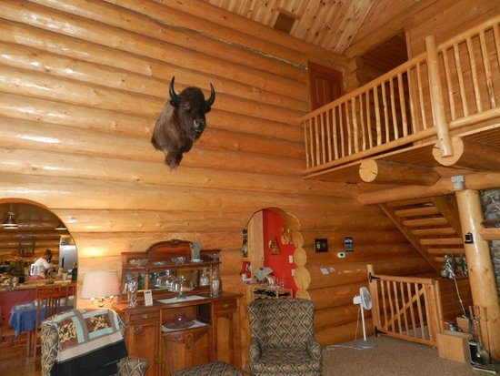 Log Spirit Bed and Breakfast : family area
