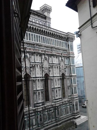 Hotel Duomo Firenze : out my window