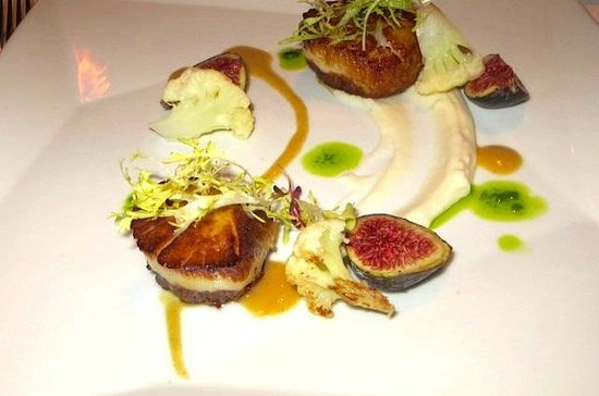 Sesame Grill: Grilled Scallops & figs