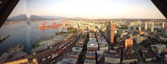 Vancouver Lookout: East