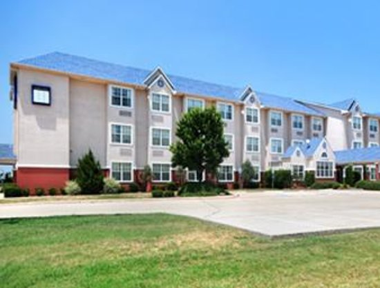 Photo of Microtel Inn & Suites By Wyndham Fort Worth South