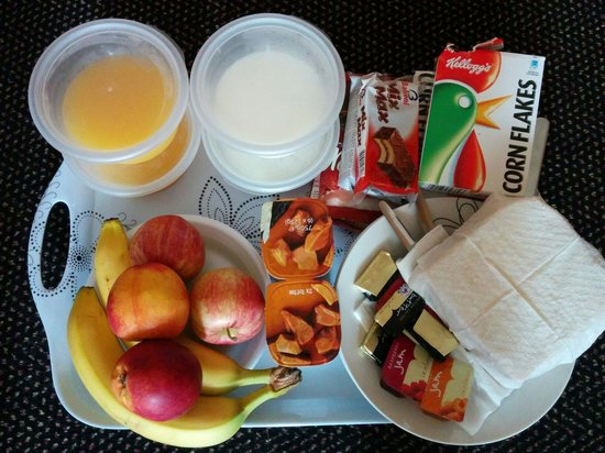 The Orchard Hotel Gloucester: Breakfast