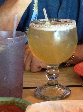 La Playa Mexican Grille: granda margarita