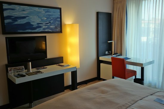 Radisson Blu Hotel, Berlin : Another part of the room
