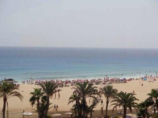 ClubHotel Riu Oliva Beach Resort: View from mum and dads room! Main hotel