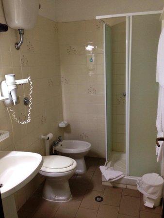 Hotel Smeraldo : Bagno