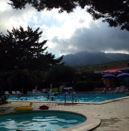 Hotel Smeraldo : Piscina