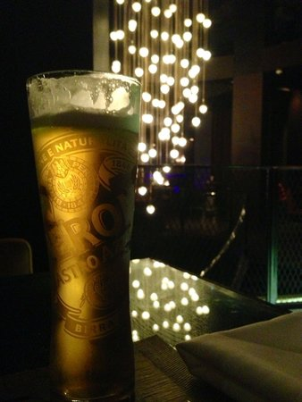 Warehouse : Cerveja gelada com um visual lindo!