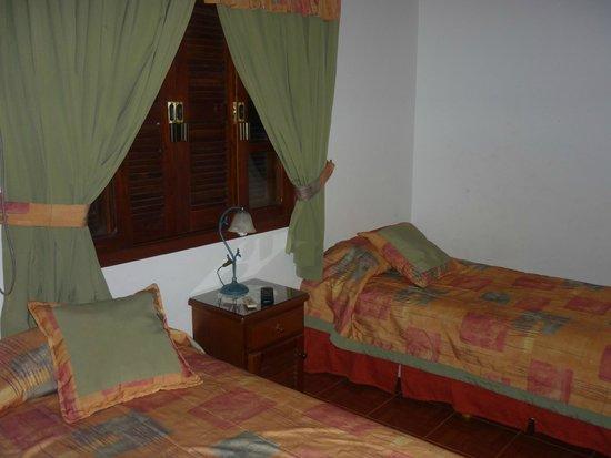Orquideas Hotel & Cabanas : habitacion