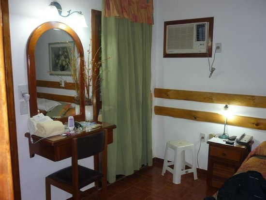 Orquideas Hotel & Cabanas: Habitación