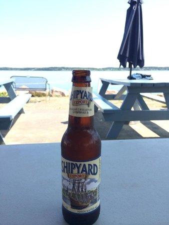 Quoddy Bay Lobster: Shipyard beer