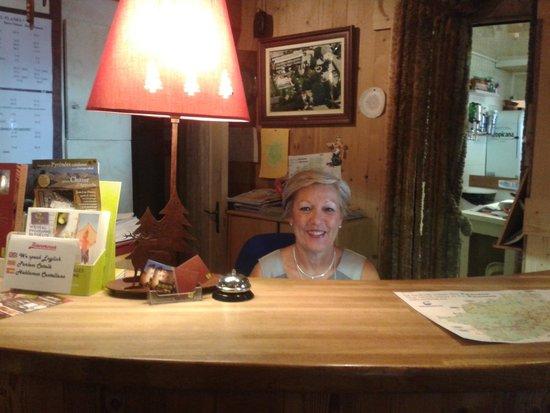 Planes restaurant: heureuse la patronne