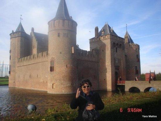 Castillo Muiderslot: Herengracht 1, 1398 AA Muiden, Países Baixos