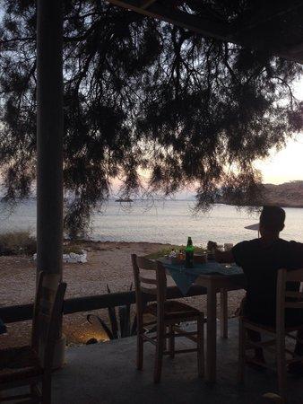 Koumpara Seafood Restaurant: Sunset