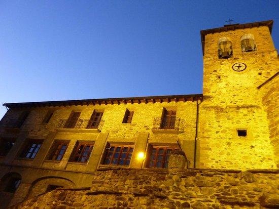 Hotel Valle de Izas: L'église
