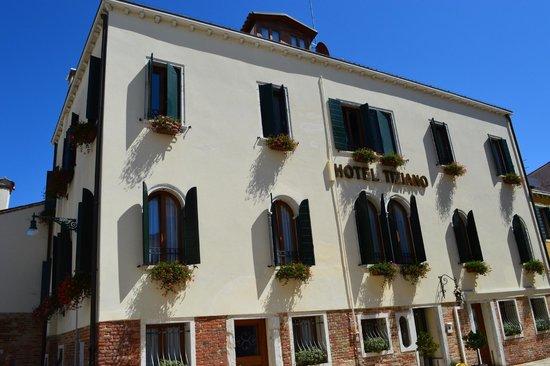Hotel Tiziano: Hotel view