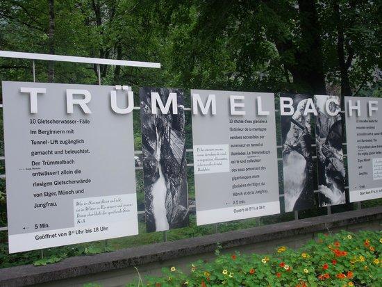 Trummelbach Falls: Panel de las cascadas de Trummelbach