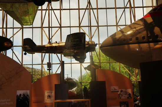 National Air and Space Museum : Well designed museum!