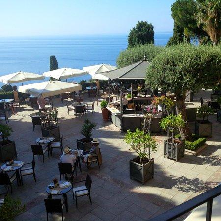 Grand Hotel San Pietro : desayuno frente al mar