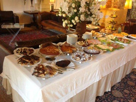 Carmine Hotel : Colazione a buffet