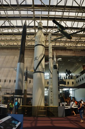 National Air and Space Museum: Missile everywhere!