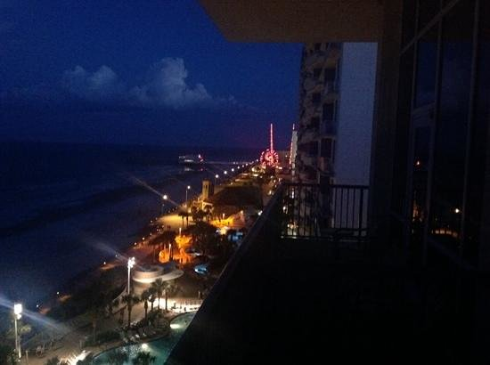 Night View Picture Of Daytona Beach Regency