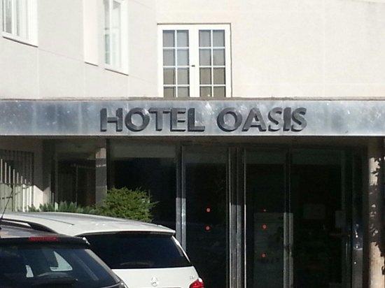 Oasis Hotel: A y el parking gratis