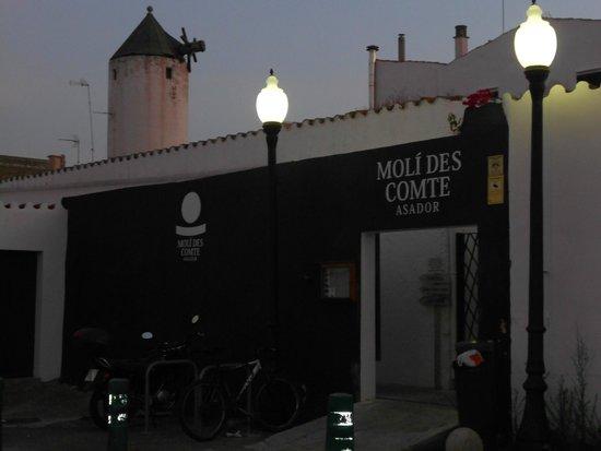 Moli des Comte Asador: ingresso dal parcheggio