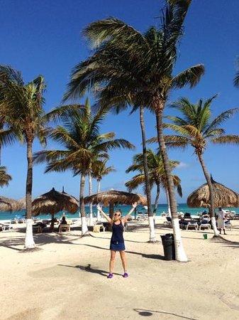 Hotel Riu Palace Aruba: the beach