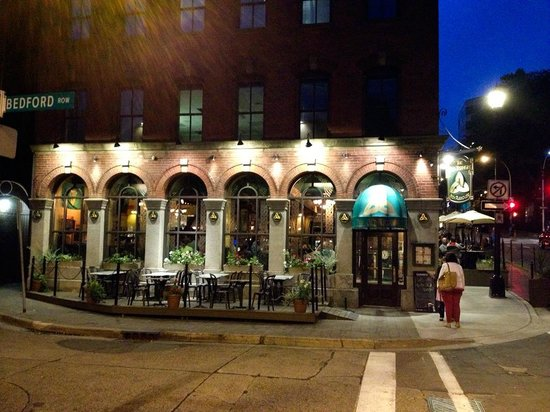 The Old Triangle Irish Ale House : Outside