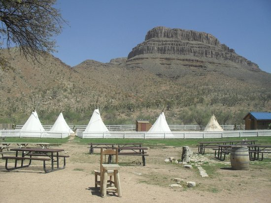 Grand Canyon Ranch - Day Tours: Tee-Pees