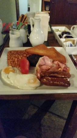Watersmeet Hotel & Angling Centre: Breakfast included  in room rate.