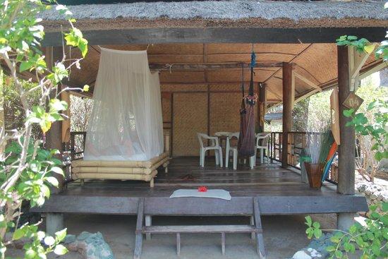 Sunrise Resort: кровать с  москитной сеткой